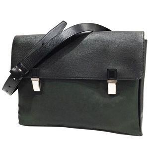Louis Vuitton Taiga Saratov messenger bag